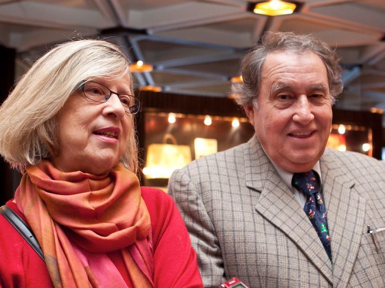 Prof. Özay Mehmet ve eşi Karen Ann Mehmet